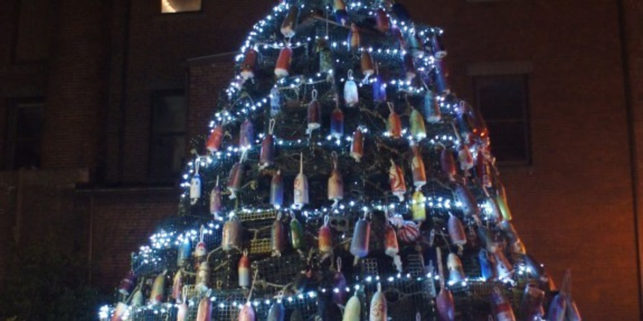 The Awesome Foundation : Art Haven Lobster Trap Christmas Tree